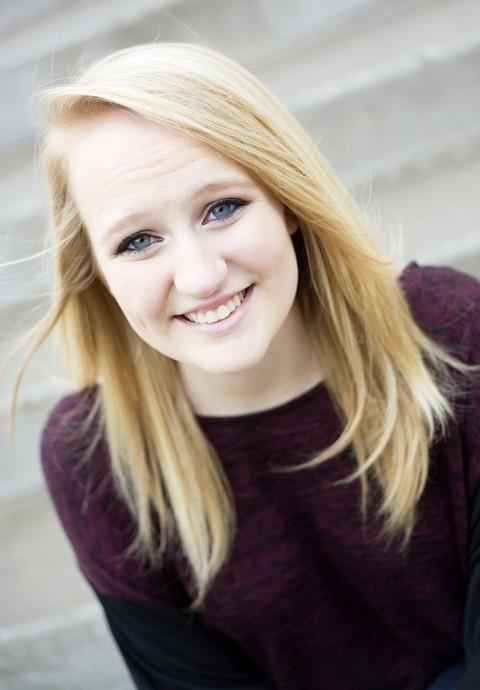 Tess :: Class of 2014 :: Marshfield, Wisconsin Senior Photography Portraits