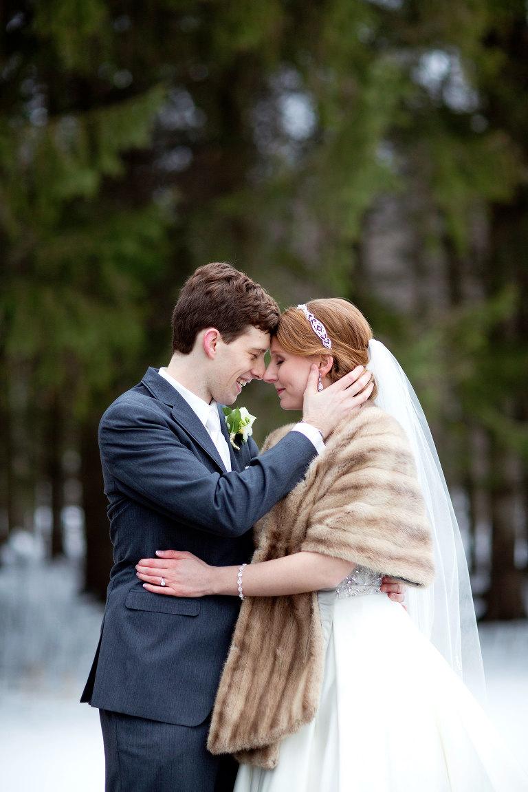 Marshfield-Wisconsin-Winter-Wedding-14
